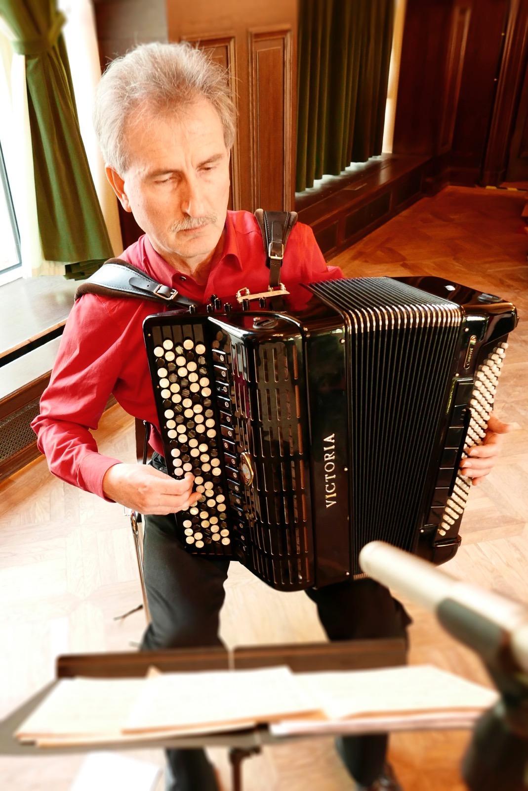 Valeri Funkner, Akkordeonist des ensemble leipziger salon